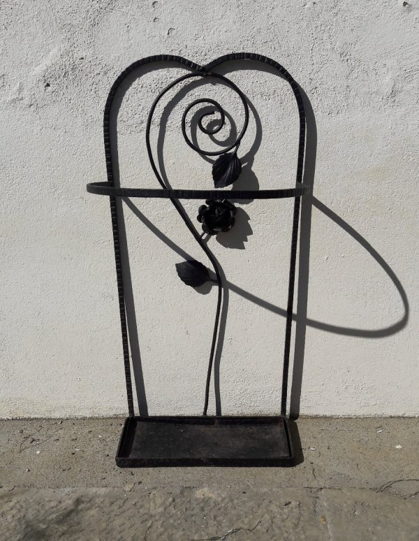 Ancien porte parapluie fer forg rose n 7320 for Decoration porte fer forge