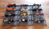 Lot de 12 motos miniatures pour collection n°7890